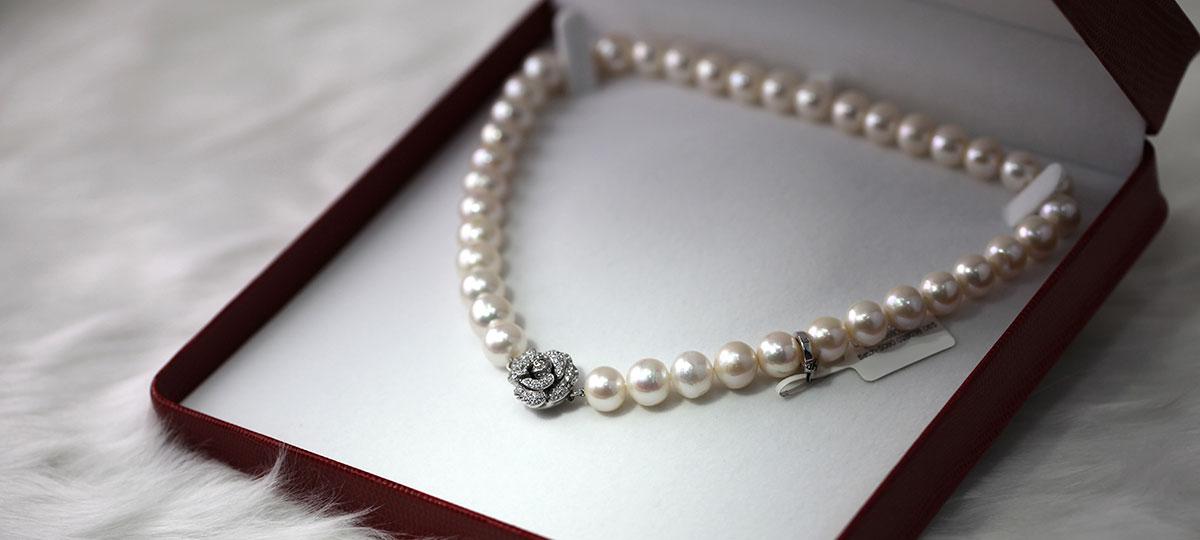 [パール]女性らしさの象徴、心身を癒すヒーリングの宝石
