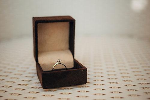 思い出の婚約指輪をおしゃれに生まれ変わらせる方法