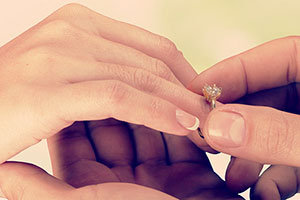 婚約指輪をオーダーメイドで作るとき完成までの期間って?