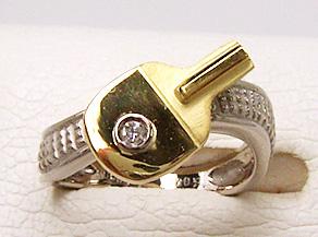 卓球をイメージした指輪