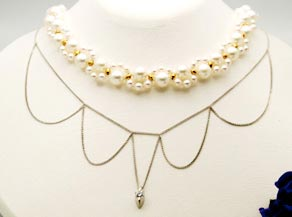 パールのデザインネックレスとダイヤモンドのデザインネックレス