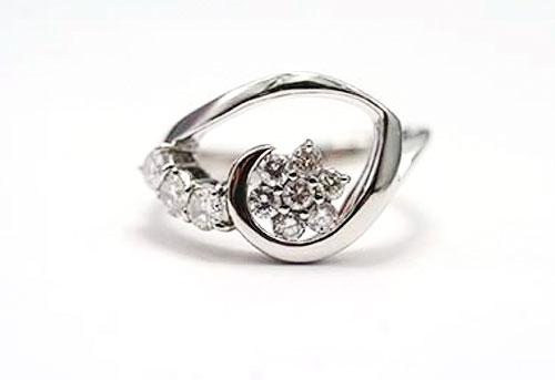 『春の葉っぱ』をイメージしたダイヤモンドリングのオーダーメイド