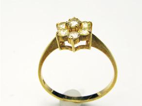 ダイヤの指輪 リフォーム前