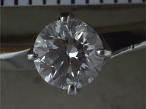 プラチナのダイヤモンドリング リフォーム前