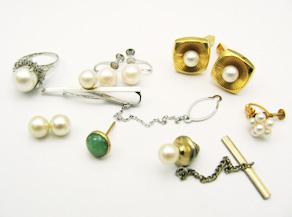 真珠のタイタック、カフス、イヤリング リフォーム前