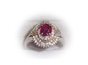 バブル全盛時代に流行ったダイヤモンド三重取巻きのルビーリング リフォーム前
