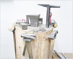 木台と金床(角床、T字床)