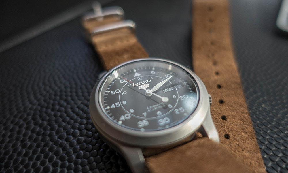 時計のベルト交換